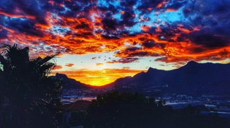 First Cape Town sunset captured the tone for the vacation - AMAZING